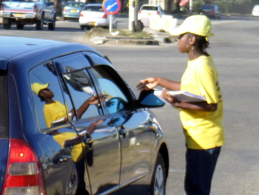 Distributing Road User Assoc checklists - May 2017